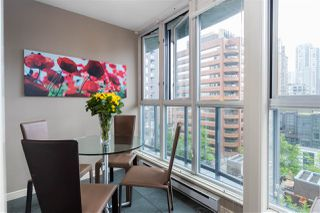 """Photo 13: 1107 1068 HORNBY Street in Vancouver: Downtown VW Condo for sale in """"THE CANADIAN AT WALL CENTRE"""" (Vancouver West)  : MLS®# R2463676"""