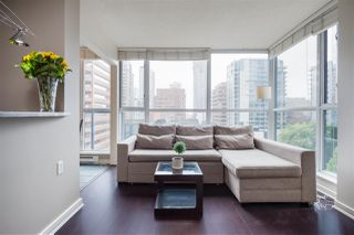 """Photo 19: 1107 1068 HORNBY Street in Vancouver: Downtown VW Condo for sale in """"THE CANADIAN AT WALL CENTRE"""" (Vancouver West)  : MLS®# R2463676"""