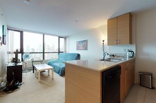 Photo 8: 2209 977 MAINLAND Street in Vancouver: Yaletown Condo for sale (Vancouver West)  : MLS®# R2466094