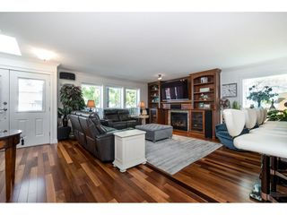 Photo 8: 9461 209B Crescent in Langley: Walnut Grove House for sale : MLS®# R2487558