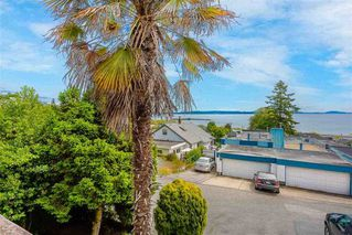 Photo 1: 14870 PROSPECT Avenue: White Rock House for sale (South Surrey White Rock)  : MLS®# R2518766