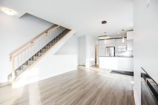 Photo 3: 14810 98 Avenue in Edmonton: Zone 10 Townhouse for sale : MLS®# E4221536
