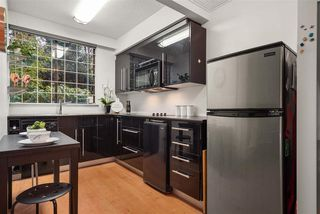 """Photo 4: 103 1108 NICOLA Street in Vancouver: West End VW Condo for sale in """"THE CHARTWELL"""" (Vancouver West)  : MLS®# R2520362"""
