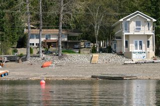 Photo 5: 2022 Eagle Bay Road in Blind Bay: Waterfront Residential Detached for sale : MLS®# 9166301