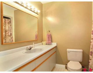"""Photo 8: 21397 86A in Langley: Walnut Grove House for sale in """"Forest Hills"""" : MLS®# F2809768"""