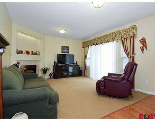 Photo 5: 6376 184A ST in Surrey: House for sale : MLS®# F2911371