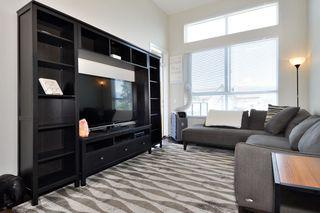 Photo 2: 402 12409 HARRIS Road in Pitt Meadows: Mid Meadows Condo for sale : MLS®# R2392566