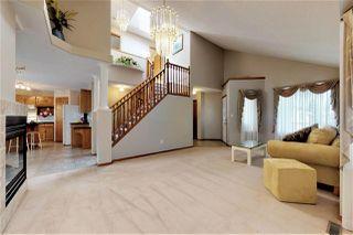 Photo 2: 10415 175 Avenue in Edmonton: Zone 27 House for sale : MLS®# E4171128