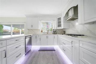 Photo 6: 15569 94 Avenue in Surrey: Fleetwood Tynehead House for sale : MLS®# R2411840