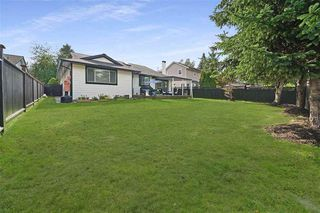 Photo 17: 15569 94 Avenue in Surrey: Fleetwood Tynehead House for sale : MLS®# R2411840