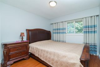 Photo 13: 10419 DENNIS Crescent in Richmond: McNair House for sale : MLS®# R2414453