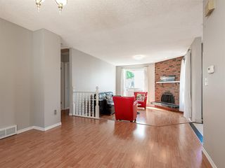 Photo 5: 71 Whitefield Close NE in Calgary: Whitehorn Detached for sale : MLS®# A1020344