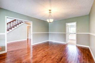 Photo 3: 7680 SUNNYHOLME Crescent in Richmond: Broadmoor House for sale : MLS®# R2505619