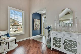 Photo 5: 247 Valley Pointe Way NW in Calgary: Valley Ridge Detached for sale : MLS®# A1043104