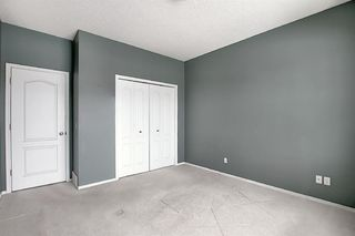 Photo 18: 132 Prestwick Gardens SE in Calgary: McKenzie Towne Row/Townhouse for sale : MLS®# A1048211
