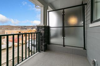 Photo 19: 153 Crestridge Common SW in Calgary: Crestmont Row/Townhouse for sale : MLS®# A1051009