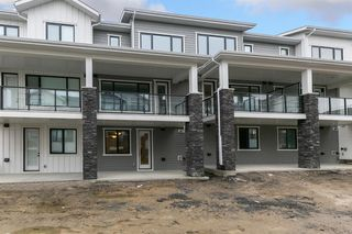 Photo 22: 153 Crestridge Common SW in Calgary: Crestmont Row/Townhouse for sale : MLS®# A1051009