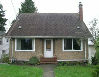 Photo 1: 1220 6TH Ave in New Westminster: Uptown NW House for sale : MLS®# V636425