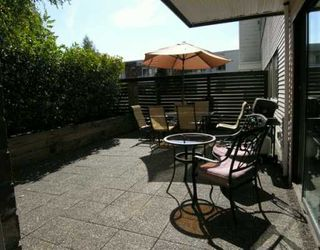 Photo 1: 204 360 E 2ND ST in North Vancouver: Lower Lonsdale Condo for sale : MLS®# V611342
