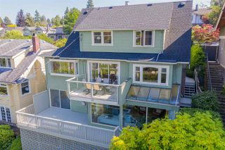 Photo 2: 1963 W 35TH Avenue in Vancouver: Quilchena House for sale (Vancouver West)  : MLS®# R2429211