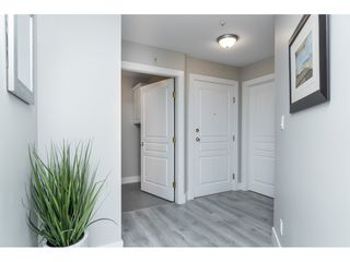 "Photo 4: 406 20288 54 Avenue in Langley: Langley City Condo for sale in ""Langley City"" : MLS®# R2432392"