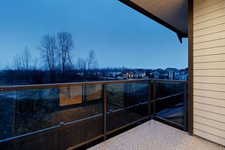 """Photo 19: 214 19451 SUTTON Avenue in Pitt Meadows: South Meadows Townhouse for sale in """"NATURES WALK"""" : MLS®# R2433863"""