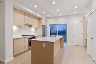 """Photo 6: 214 19451 SUTTON Avenue in Pitt Meadows: South Meadows Townhouse for sale in """"NATURES WALK"""" : MLS®# R2433863"""