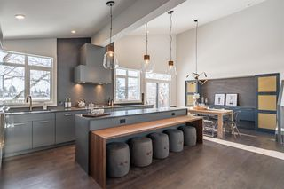 Photo 8: 323 129 Avenue SE in Calgary: Lake Bonavista Detached for sale : MLS®# C4302553