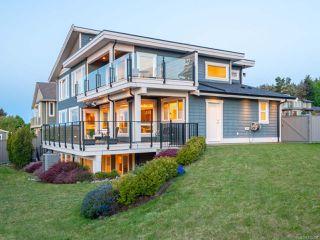 Photo 2: 5658 Oceanview Terr in NANAIMO: Na North Nanaimo House for sale (Nanaimo)  : MLS®# 845350