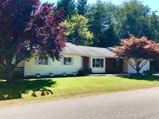 Photo 1: 1553 LARCHBERRY Way in Gibsons: Gibsons & Area House for sale (Sunshine Coast)  : MLS®# R2481399