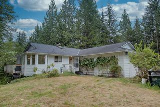 Photo 1: 12468 CARDINAL Street in Mission: Stave Falls House for sale : MLS®# R2482971
