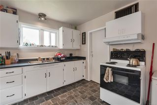 Photo 3: 1660 Redwood St in : CR Campbellton House for sale (Campbell River)  : MLS®# 855307