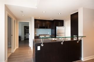 """Photo 6: 802 638 BEACH Crescent in Vancouver: Yaletown Condo for sale in """"ICON"""" (Vancouver West)  : MLS®# R2511968"""
