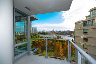 """Photo 14: 802 638 BEACH Crescent in Vancouver: Yaletown Condo for sale in """"ICON"""" (Vancouver West)  : MLS®# R2511968"""