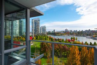 """Photo 15: 802 638 BEACH Crescent in Vancouver: Yaletown Condo for sale in """"ICON"""" (Vancouver West)  : MLS®# R2511968"""