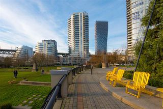 """Photo 36: 802 638 BEACH Crescent in Vancouver: Yaletown Condo for sale in """"ICON"""" (Vancouver West)  : MLS®# R2511968"""