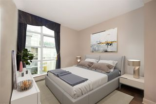"""Photo 7: 802 638 BEACH Crescent in Vancouver: Yaletown Condo for sale in """"ICON"""" (Vancouver West)  : MLS®# R2511968"""