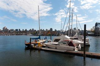 """Photo 33: 802 638 BEACH Crescent in Vancouver: Yaletown Condo for sale in """"ICON"""" (Vancouver West)  : MLS®# R2511968"""