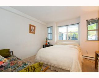 """Photo 6: 101 8728 MARINE Drive in Vancouver: Marpole Condo for sale in """"RIVERVIEW COURT"""" (Vancouver West)  : MLS®# V794426"""