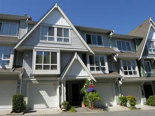 "Photo 2: 7419 HAWTHORNE Terrace in Burnaby: Middlegate BS Townhouse for sale in ""THE BERKELEY"" (Burnaby South)  : MLS®# V658392"