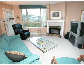 "Photo 2: 1501 1199 EASTWOOD Street in Coquitlam: North Coquitlam Condo for sale in ""THE SELKIRK"" : MLS®# V672556"
