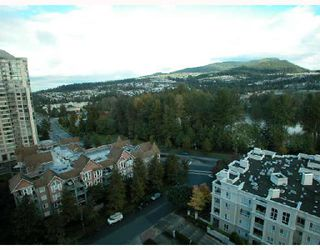"Photo 8: 1501 1199 EASTWOOD Street in Coquitlam: North Coquitlam Condo for sale in ""THE SELKIRK"" : MLS®# V672556"