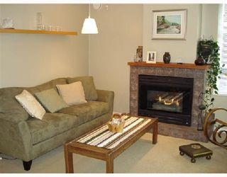 Photo 4: 105 657 W 7TH Avenue in Vancouver: Fairview VW Townhouse for sale (Vancouver West)  : MLS®# V683047