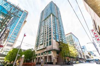 "Main Photo: 1903 438 SEYMOUR Street in Vancouver: Downtown VW Condo for sale in ""Conference Plaza"" (Vancouver West)  : MLS®# R2408709"