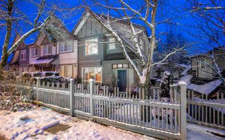"""Main Photo: 117 2200 PANORAMA Drive in Port Moody: Heritage Woods PM Townhouse for sale in """"THE QUEST"""" : MLS®# R2434043"""
