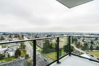 "Photo 15: 1407 7388 KINGSWAY Street in Burnaby: Edmonds BE Condo for sale in ""KINGS CROSSING 1"" (Burnaby East)  : MLS®# R2453023"