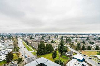 "Photo 16: 1407 7388 KINGSWAY Street in Burnaby: Edmonds BE Condo for sale in ""KINGS CROSSING 1"" (Burnaby East)  : MLS®# R2453023"