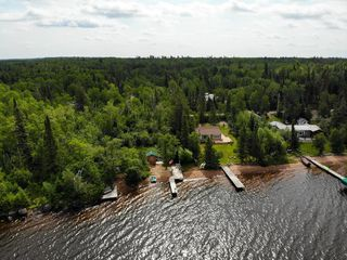 Photo 4: 23 Block 7 Betula Lake Road in Betula Lake: R29 Residential for sale (R29 - Whiteshell)  : MLS®# 202009898