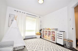 """Photo 8: 6 16223 23A Avenue in Surrey: Grandview Surrey Townhouse for sale in """"THE BREEZE"""" (South Surrey White Rock)  : MLS®# R2465177"""