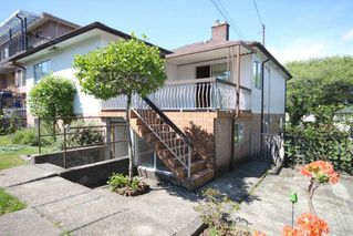 Photo 8: 3178 GRAVELEY STREET in Vancouver: Renfrew VE House for sale (Vancouver East)  : MLS®# R2454731